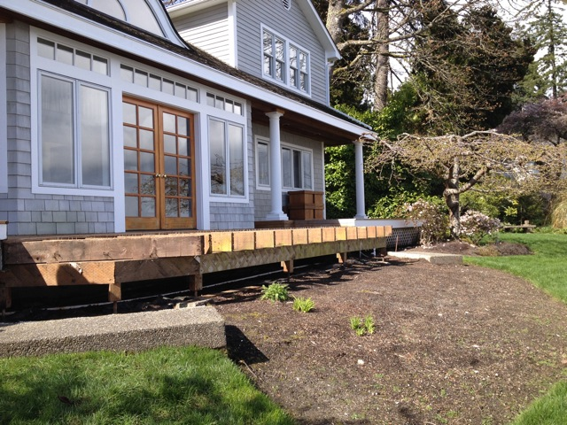 Elliptical wood deck - Port Madison Bainbridge Island